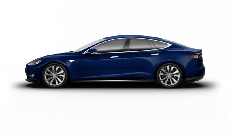 Tesla Model S 90D Azul profundo metalizado Techo sólido color pintura Vista lateral